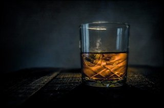 2020.2.2 whiskey-315178_640.jpg
